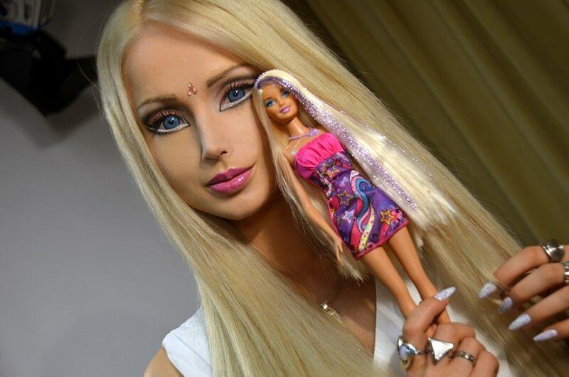 Встреча двух кукол