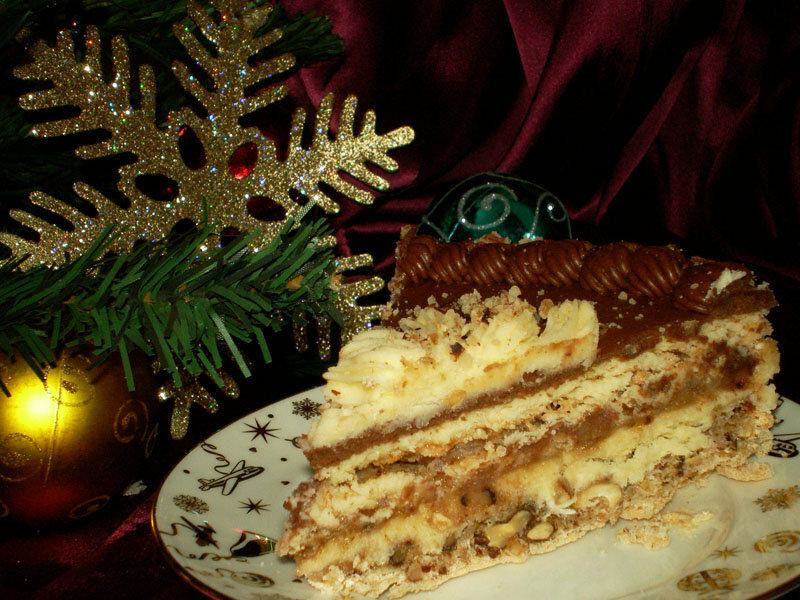 Кусочек домашнего Киевского торта