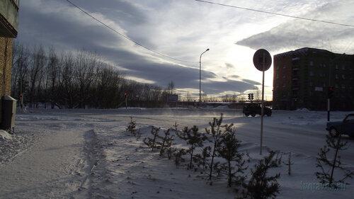 Фото города Инта №2999  Северо-восточный угол Куратова 39 (вид от северо-западного угла Куратова 40) 01.02.2013_13:07