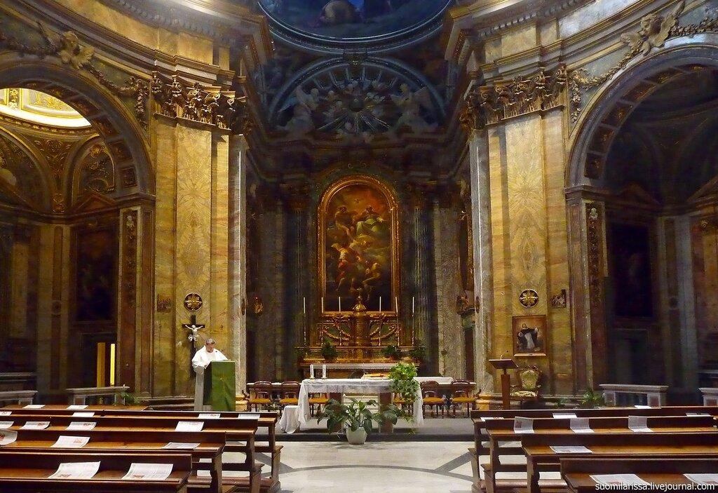 Церковь SS. Trenità dei Pellegrini.