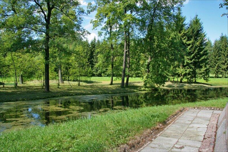 Екатерининский парк, Лебединый пруд