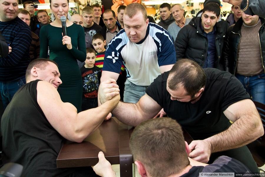 Финальный поединок Кулясов против Сабашвили. Армрестлинг в РИО 23 февраля 2013
