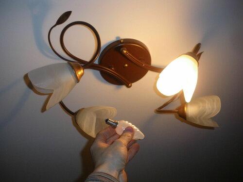 Фото 20. Все плафоны установлены, но лампочек не хватает. Работоспособность люстры проверена.