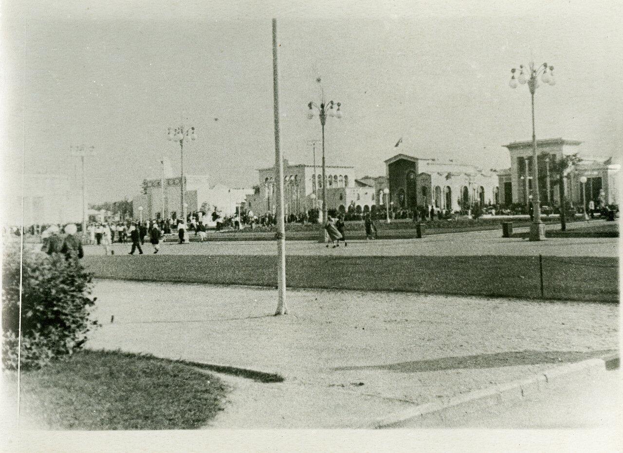 ВСХВ 1940. Павильоны Казахстана, Грузии, Армении и Азербайджана