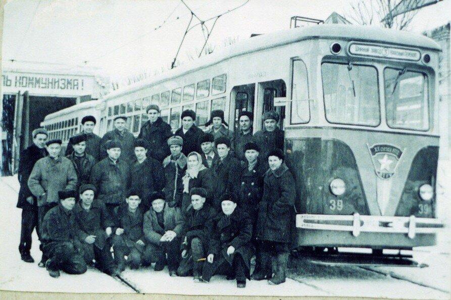 третий маршрут «Шинный завод - Красный Перекоп» 1956