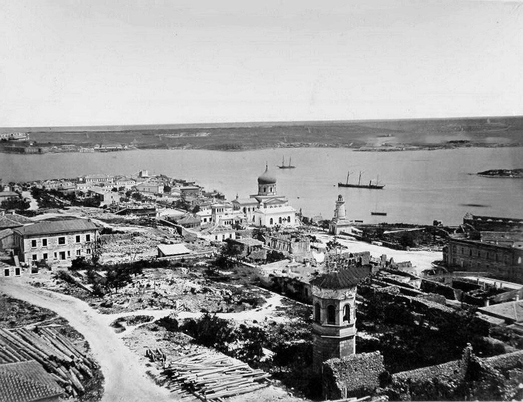 23. Севастополь. Панорама прибрежной части города