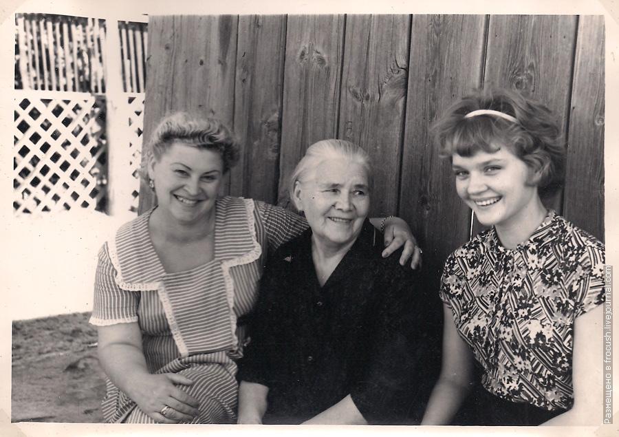 Астрахань В собственном винограднике у Долгополовых фото 1965 года