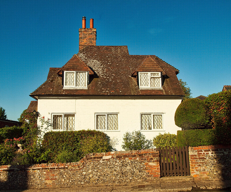 A pretty whitewashed House at Upton Grey in Hampshire