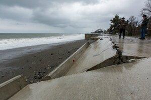 В Сочи разрушена береговая защита Олимпийских объектов