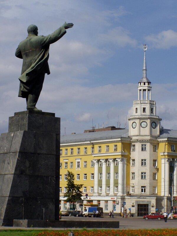Воронеж, площадь Ленина.