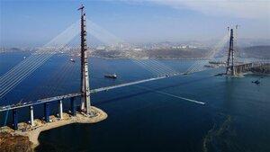 Строители моста на остров Русский утверждают, что деформация вантов соответствует норме