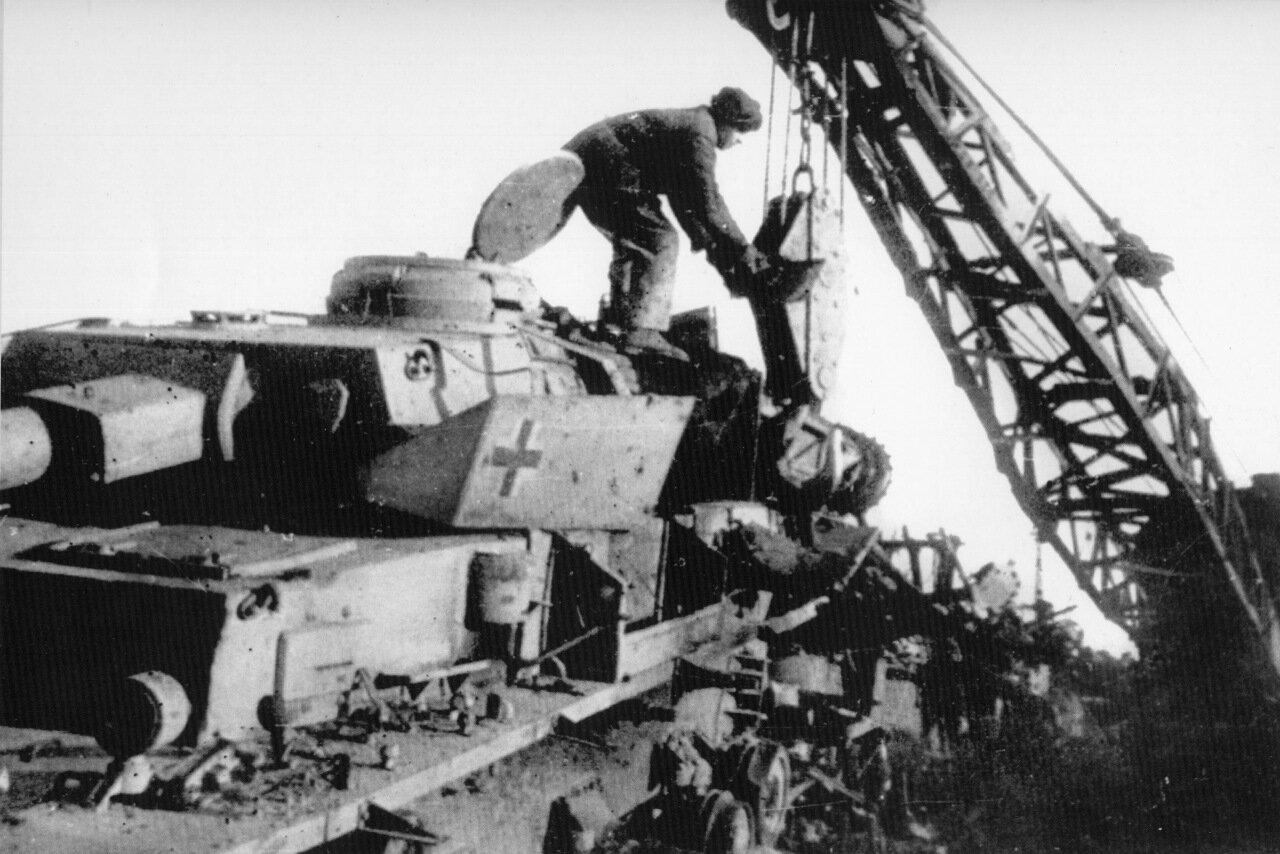 Копровый цех КМК. 1944 год