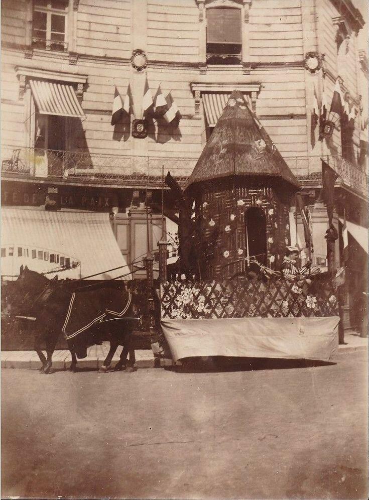 1910-е. «Кафе де ла Пэ»
