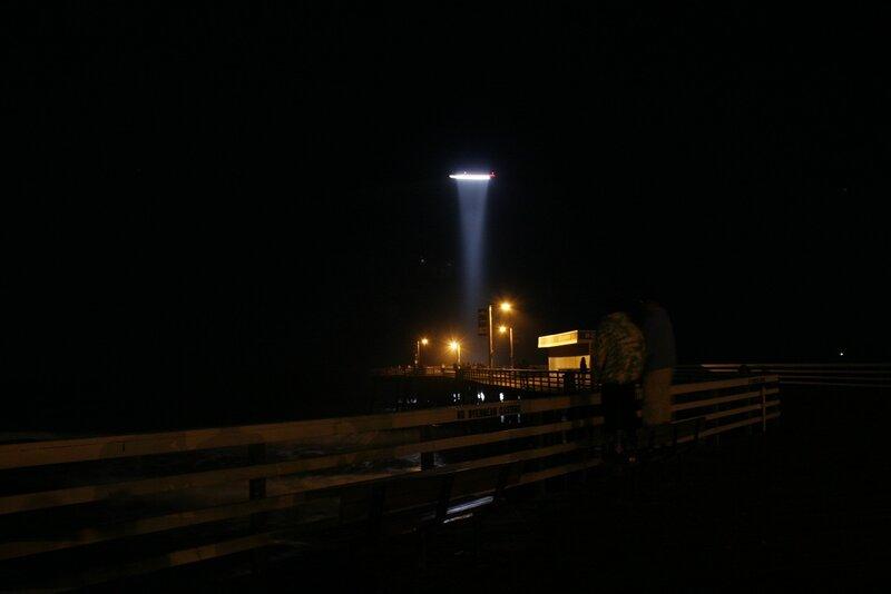 Неопознанный объект над Pismo Beach, Калифорния 26 сентября 2009, 20:39-40