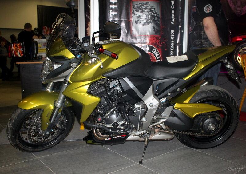 Спортбайк Honda CBR1000RR Fireblade ABS