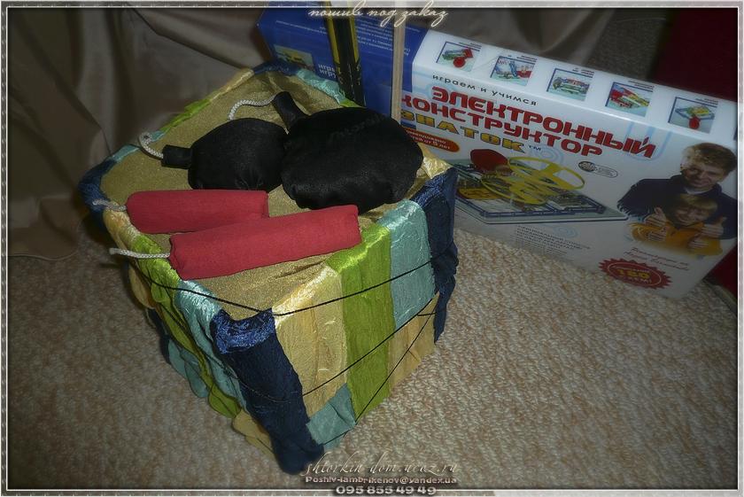 упаковка подарков, домик для кукол.