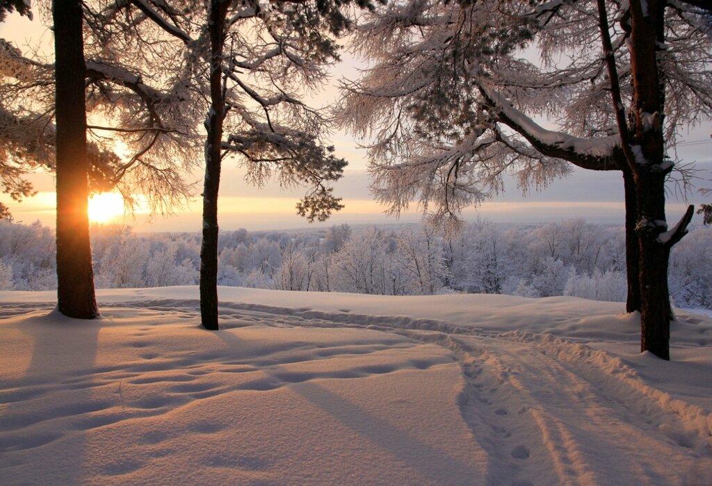 На исходе зимний день...