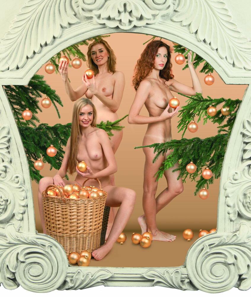 Календарь на фоне эро дамочек — pic 6