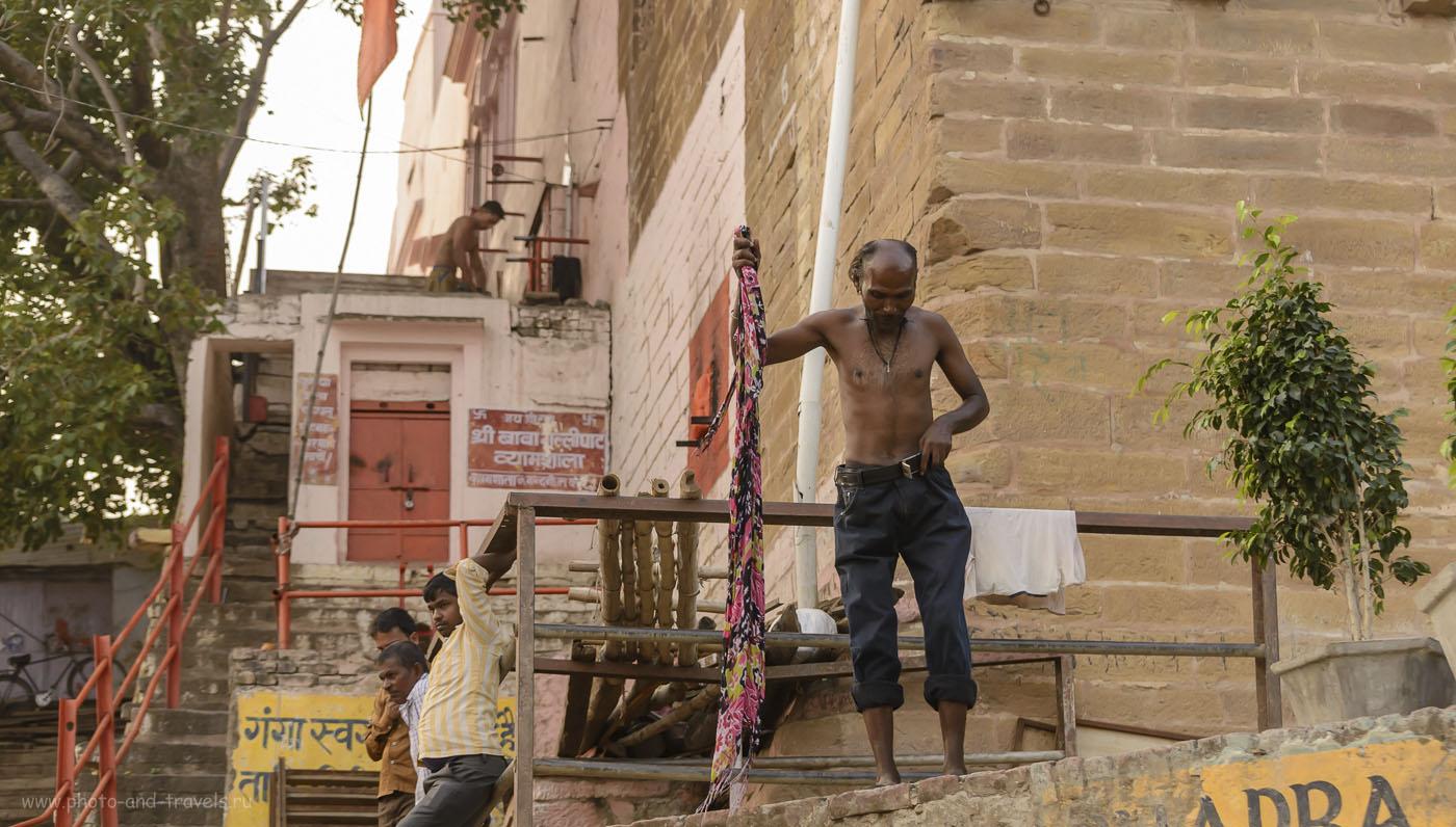 Фото 25. Одним вечером в Бенаресе. Поездка в Индию дикарем, отчет. 1/640, 4.5, 1250, 70.