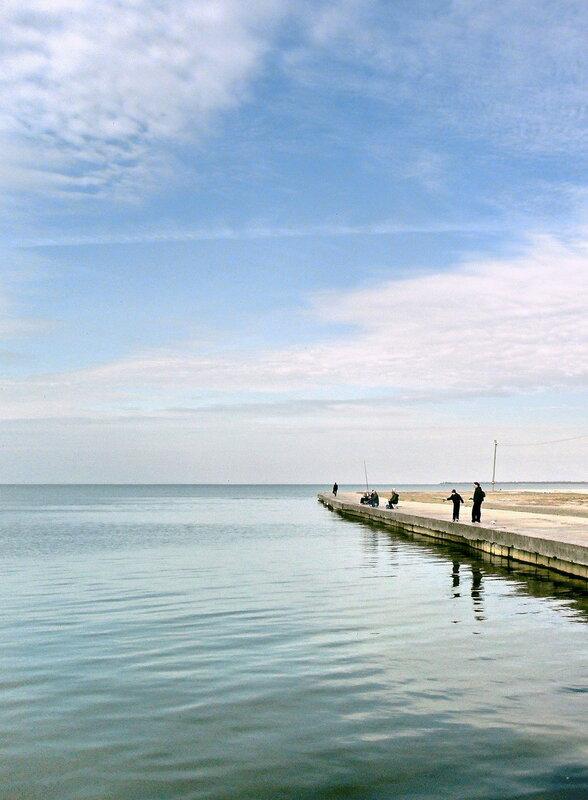 У моря, в октябре