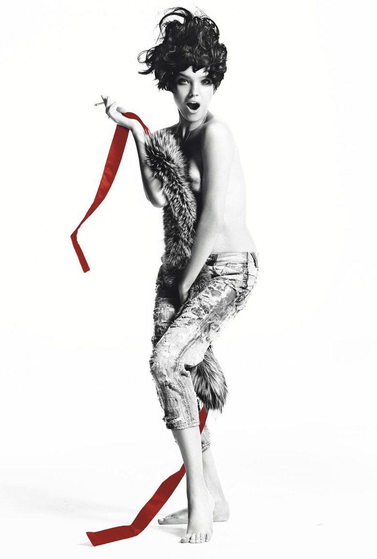 smoking Natalia Vodianova / Наталья Водянова с сигаретой