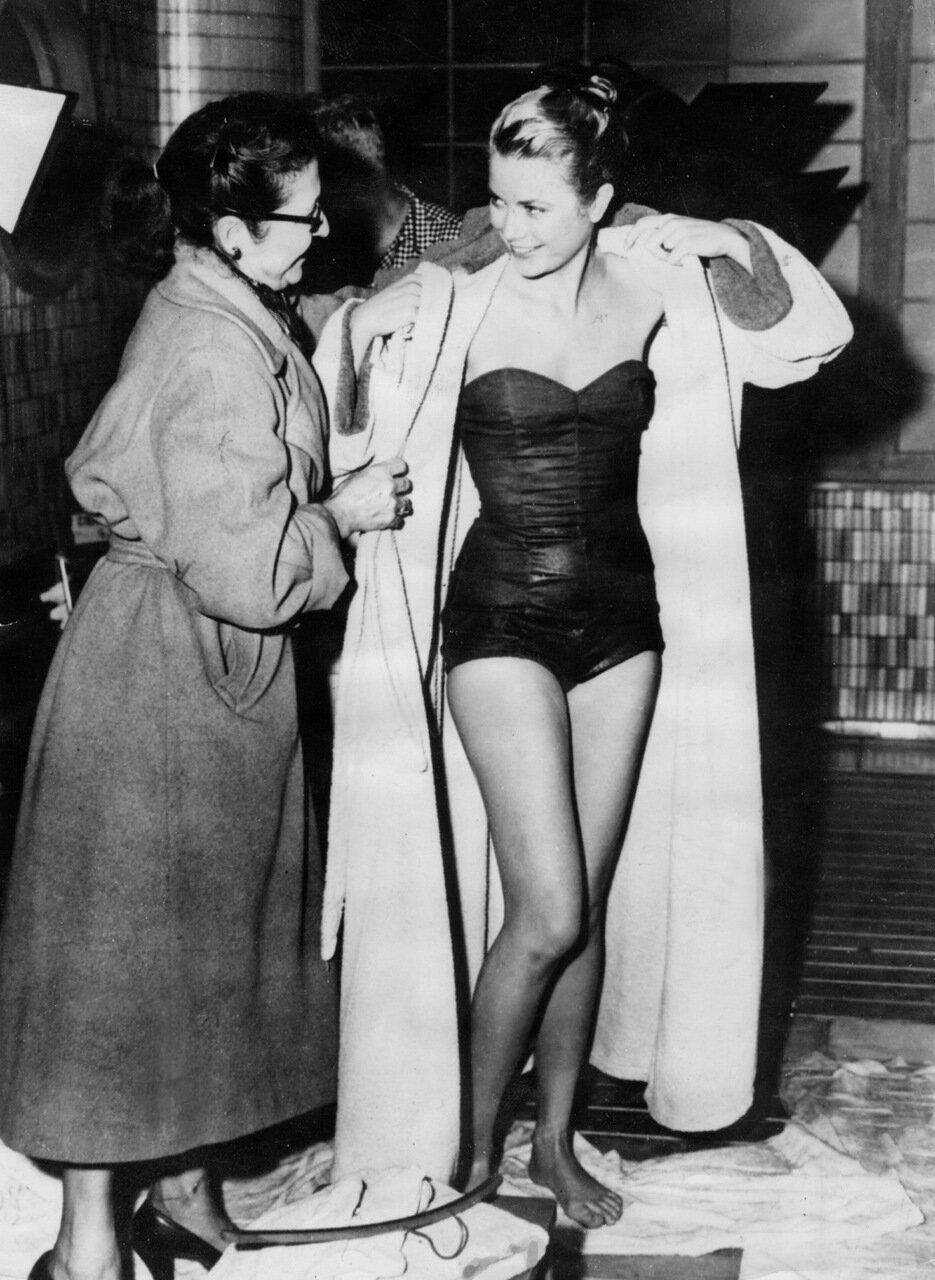 Grace KELLY im Badeanzug 1955