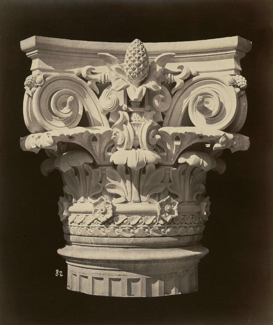 1865. Капители колонн главного фасада новой Парижской оперы