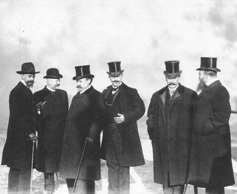 Group of wealthy Russian businessmen, 1904. Photo by Karl Bulla.