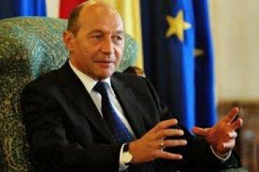 Люди проявили лень, и президент румынии остался у руля