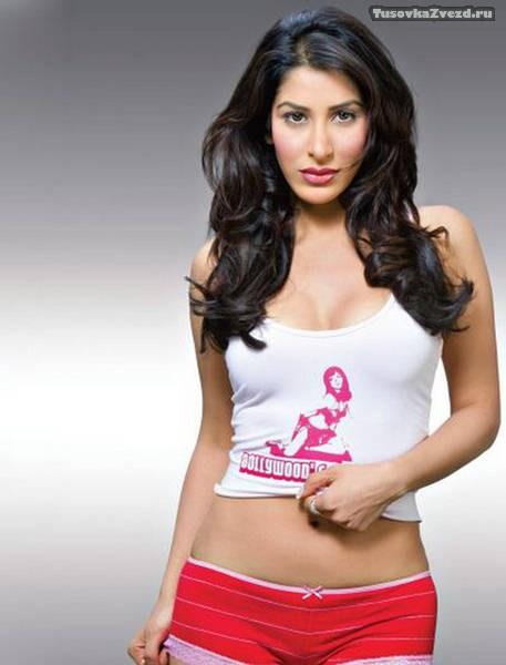 София Чаудхари (Sophiya Chaudhary) фото в журнале FHM Индия, сентябрь 2009