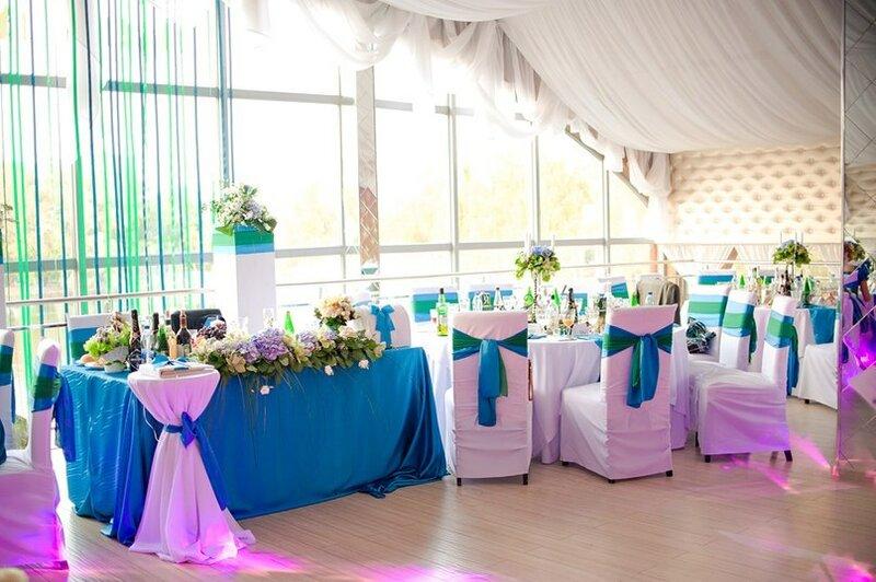 Оформление свадьбы цветами и свечами 16