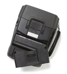Осциллограф портативный THS3014-TK - батарейный отсек