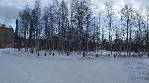 Фото города Инта №3251  Северо-западный угол аллеи