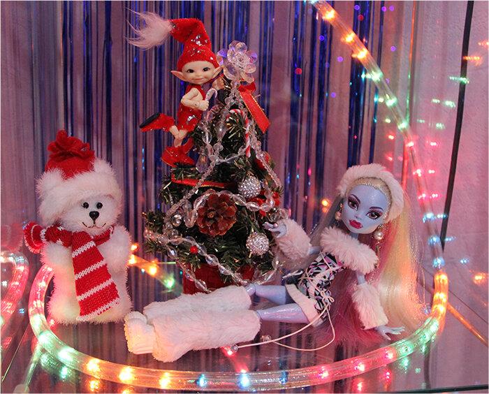 Как сделать подарок для кукол монстер хай на новый год