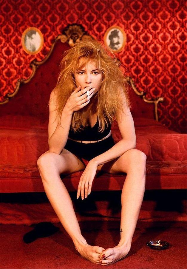 smoking Traci Lords / Трейси Лордс с сигаретой