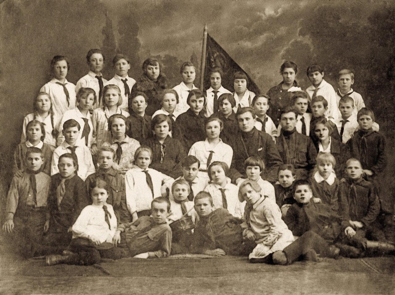 1923 год. Ливенские пионеры