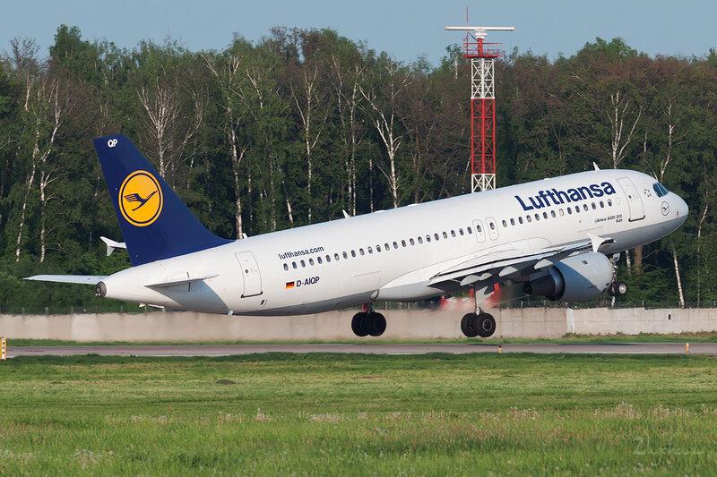 Airbus A320-211 (D-AIQP) Lufthansa DSC0604
