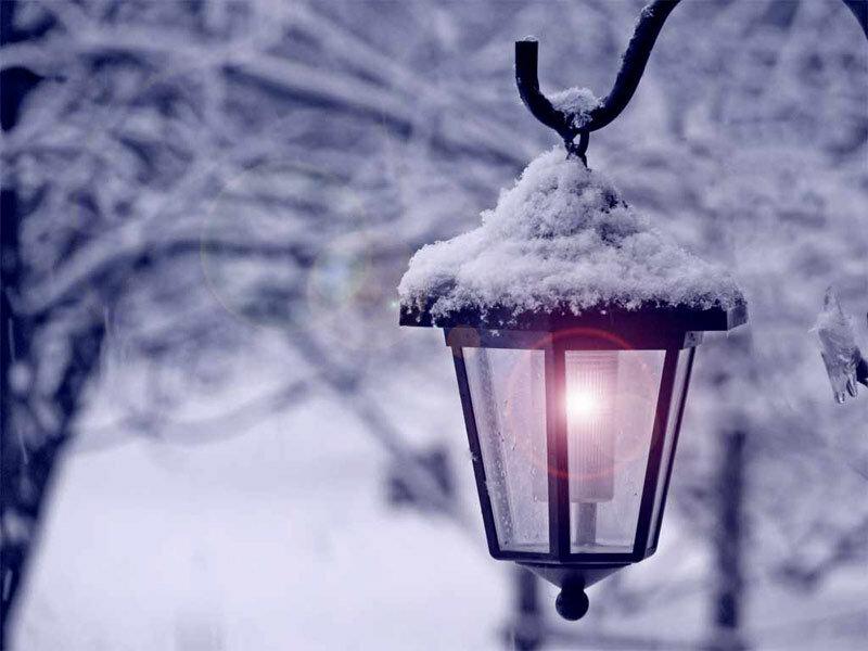 картинка снегопад и фонарь смысл