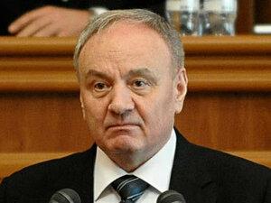 Официальный визит Траяна Бэсеску в Молдову откладывается