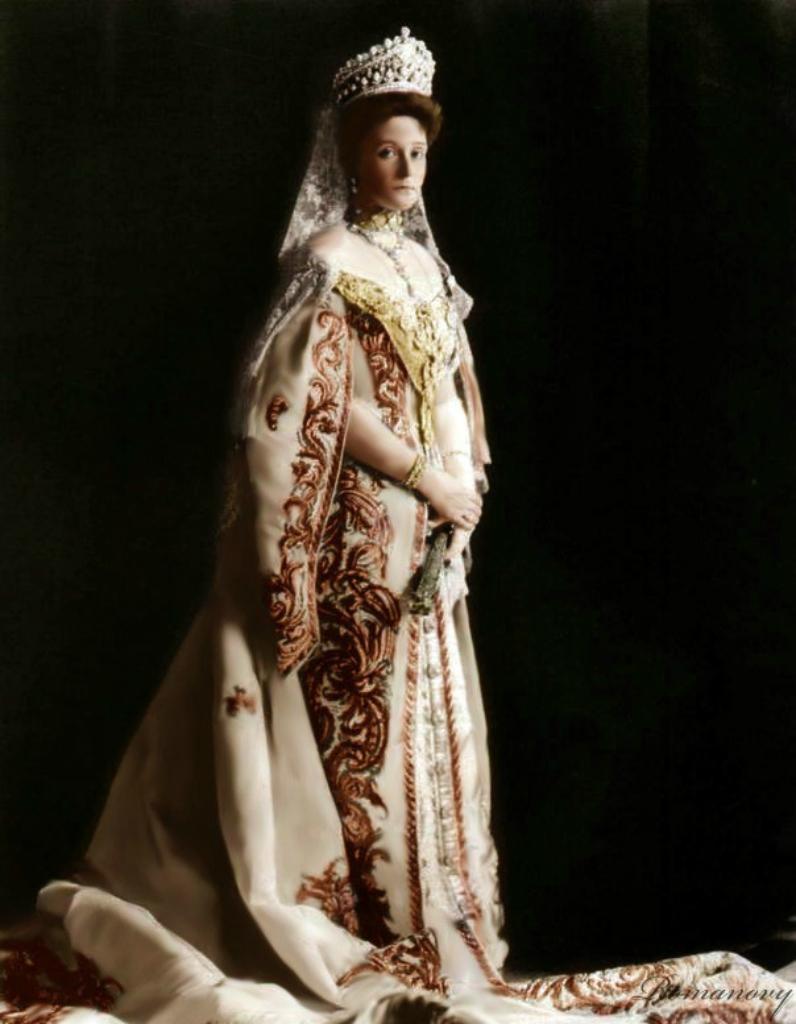 фото царей и цариц русских метро можно днем