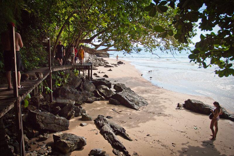 Пляж Сентара и обезьянья тропа в Краби