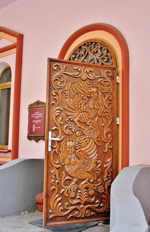 Дверь. Музей истории водки