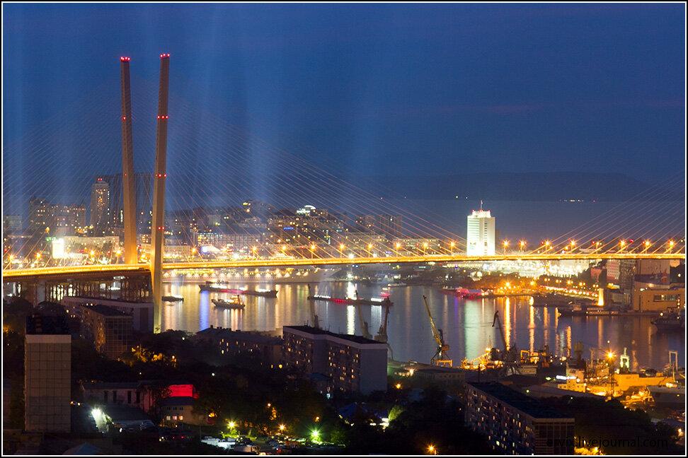 Вечерний Владивосток - путешествия и прочее: http://ru-travel.livejournal.com/24067149.html