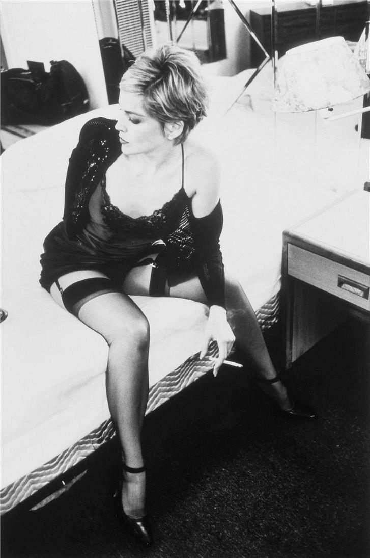 smoking Sharon Stone / Шэрон Стоун с сигаретой