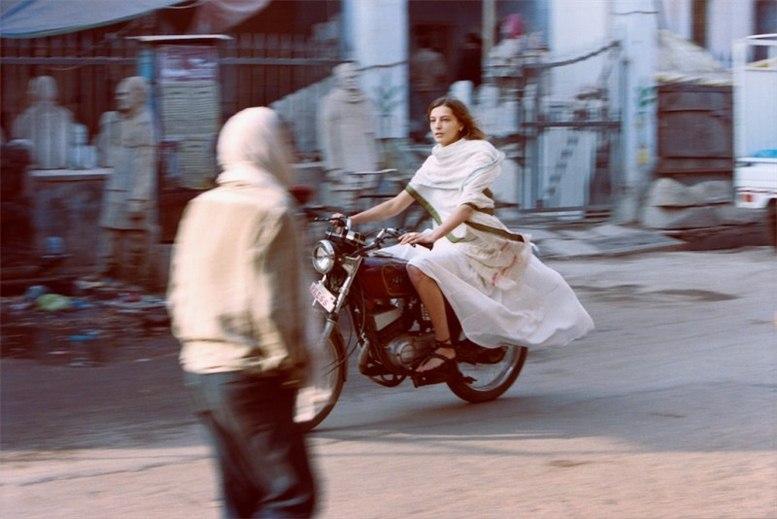 Daria Werbowy / Дарья Вербова в Индии в рекламе модного бренда Maiyet, весна-лето 2013 / фотограф Cass Bird
