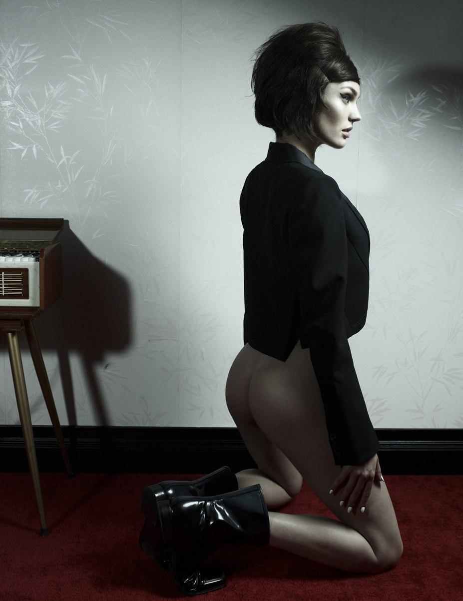 Candice Swanepoel / Кэндис Свейнпол - драма в журнале 10 Magazine, зима 2012-2013 / фотограф Gregory Harris
