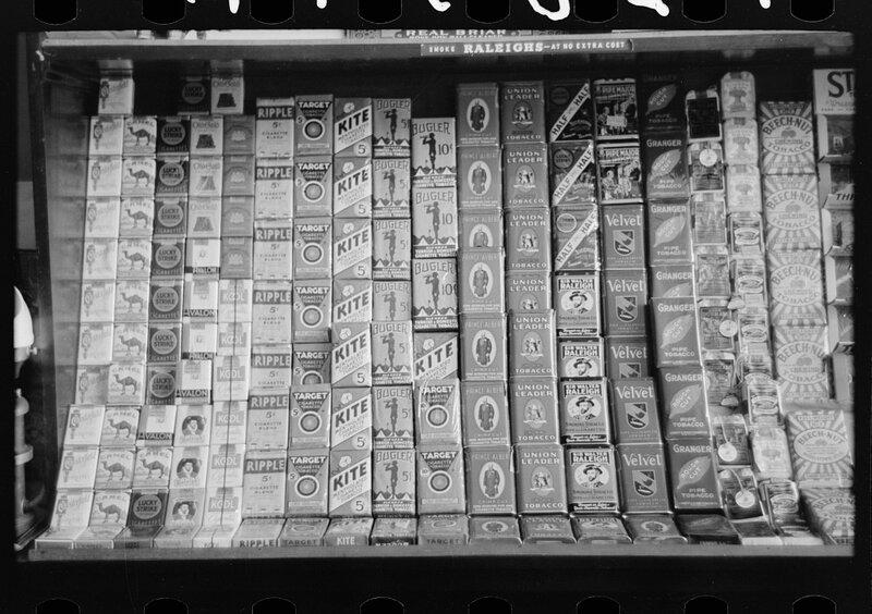 Display of cigarettes and smoking tobacco, Crystal City, Texas 1939.