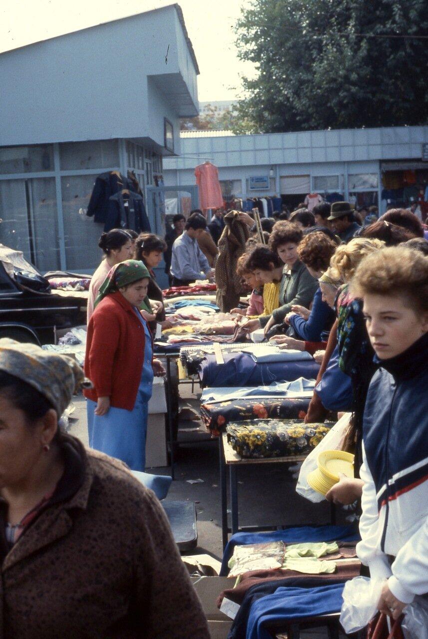 Ташкентский рынок