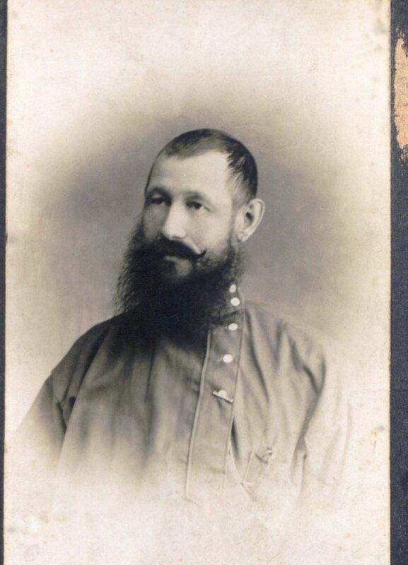 П.Б. Перевозчиков был арестован вместе с дочерью Лидией в 1938г., когда он проживал в с.Тюльково, осужден по статье 58-ой и приговорен к расстрелу. Такая же участь постигла двух его старших сыновей.