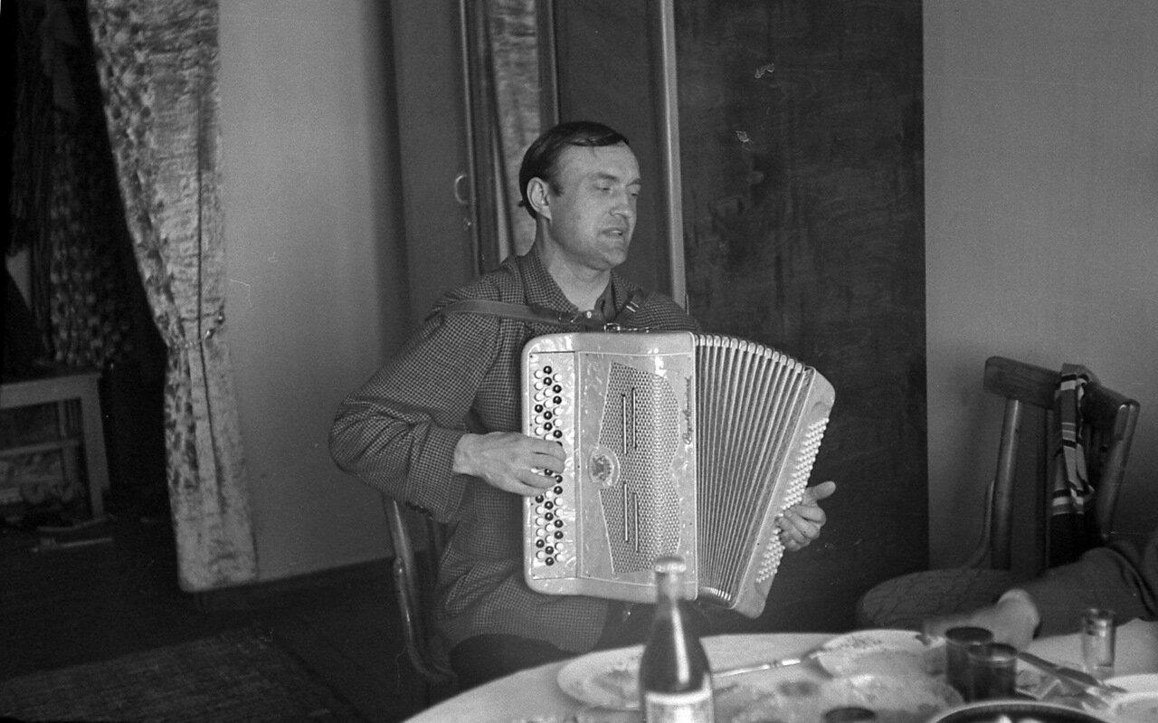 1960, Омск.